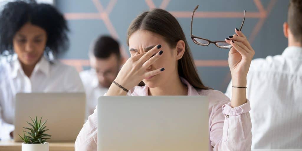 total optical - dry eye blog image glasses fact sheet